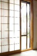 AFTER:和室の窓は、断熱性を高めるために、内付けサッシ「インプラス」を採用。