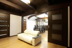 和室が4つ田の字型に並ぶ古民家のI邸