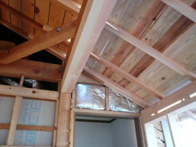 増築部分の屋根